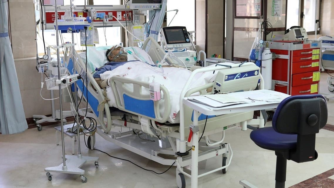 A patient with coronavirus disease (COVID-19) lies in bed at the ICU of Sasan Hospital, in Tehran, Iran March 30, 2020. (Reuters)