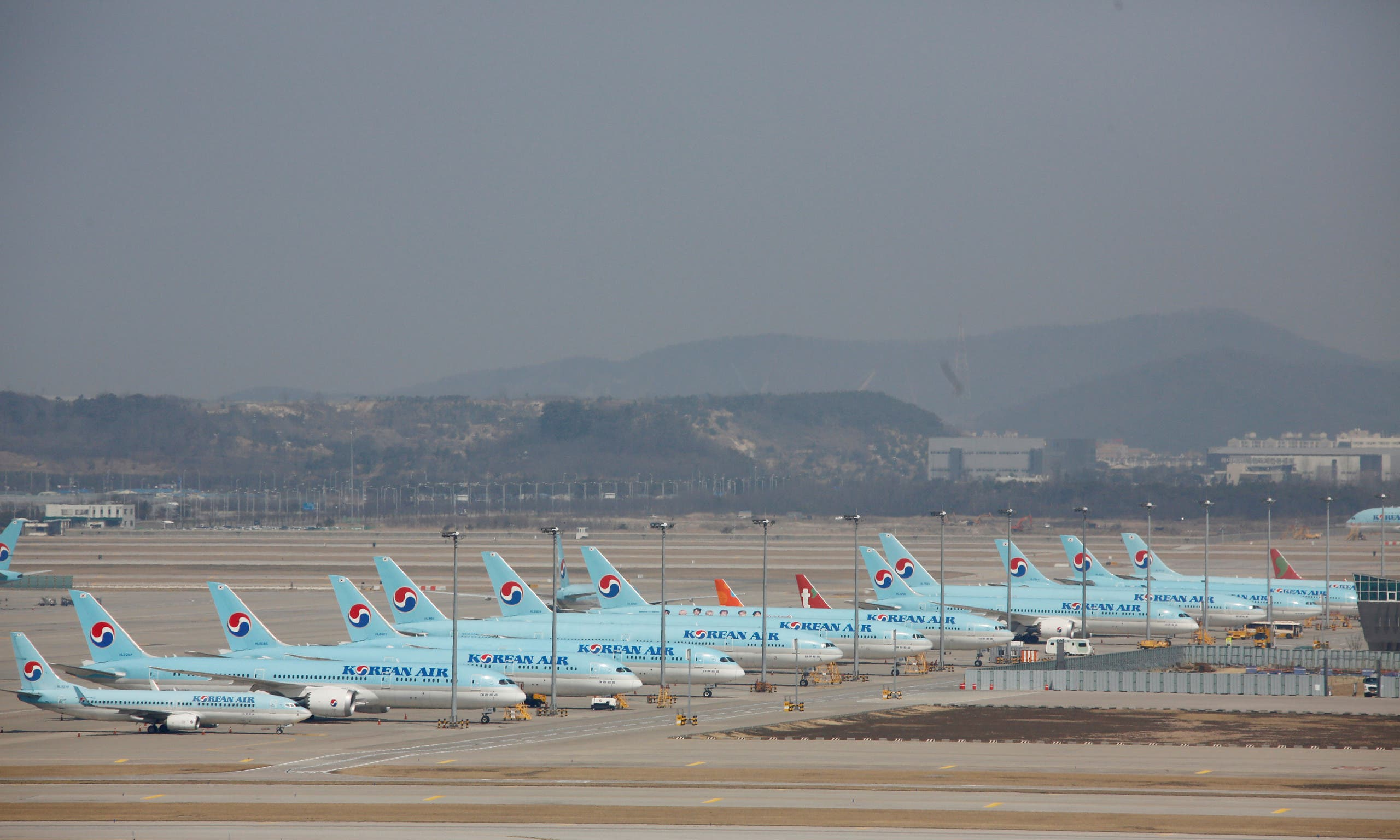 Korean Air's planes sit on tarmac at Incheon International Airport, Incheon, South Korea. (File photo: Reuters)