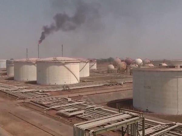 الكويت تتوقع خفضاً عالمياً للنفط يصل إلى 15 مليون برميل يومياً