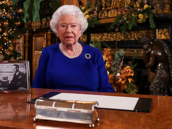 خطاب نادر لملكة بريطانيا وسط ارتفاع قياسي لوفيات الوباء