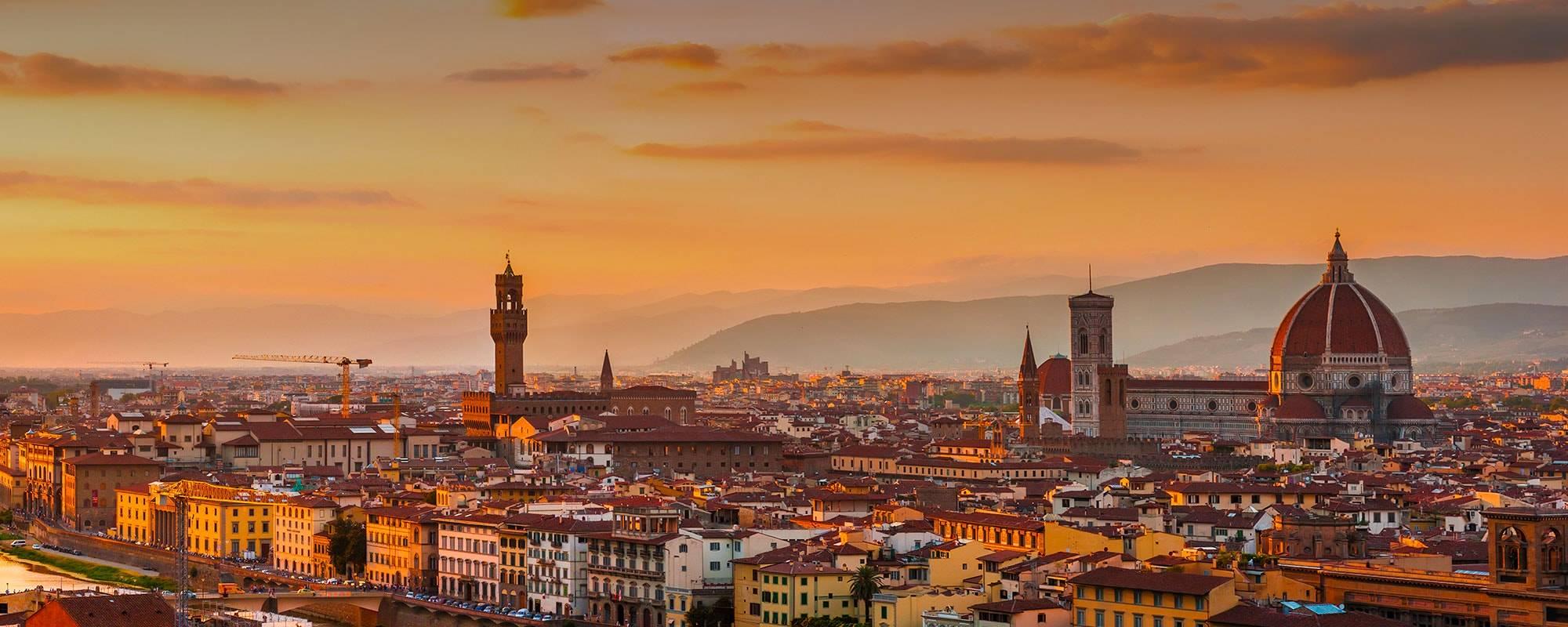 صورة فوتوغرافية من مدينة فلورنسا الإيطالية