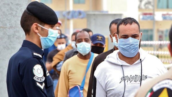إصابات جديدة بكورونا في الكويت وقطر والعراق ولبنان وعزل كلي لمسقط