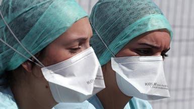 حرب الكمامات تستعر.. بعد تلميح جديد للصحة العالمية