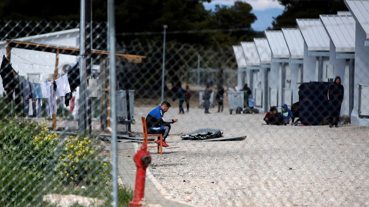 Coronavirus: Greece records first COVID-19 case in main migrant camp thumbnail
