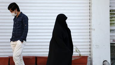 مسؤول إيراني: لدينا نصف مليون مصاب بكورونا في البلاد