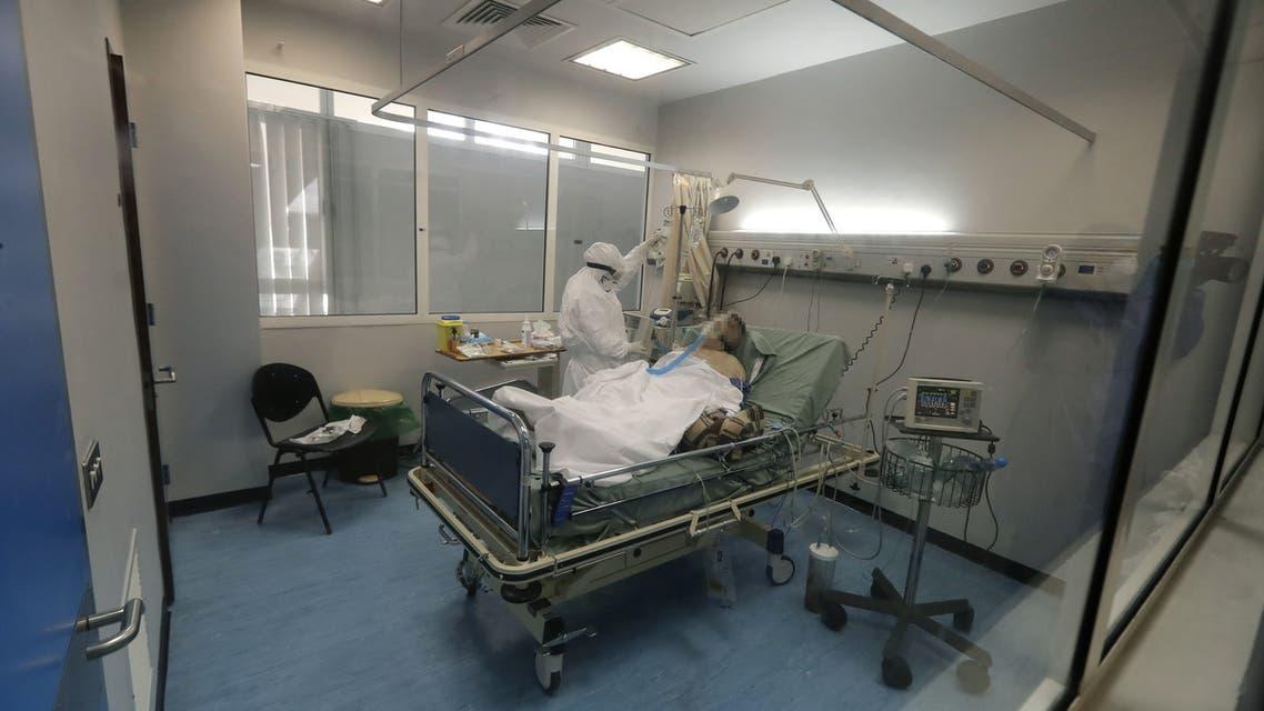 من مستشفى الحريري الجامعي يوم 7 أبريل