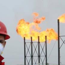 أسعار النفط تستقر قرب أعلى مستوى في شهر مع رفعأوبك للتوقعات