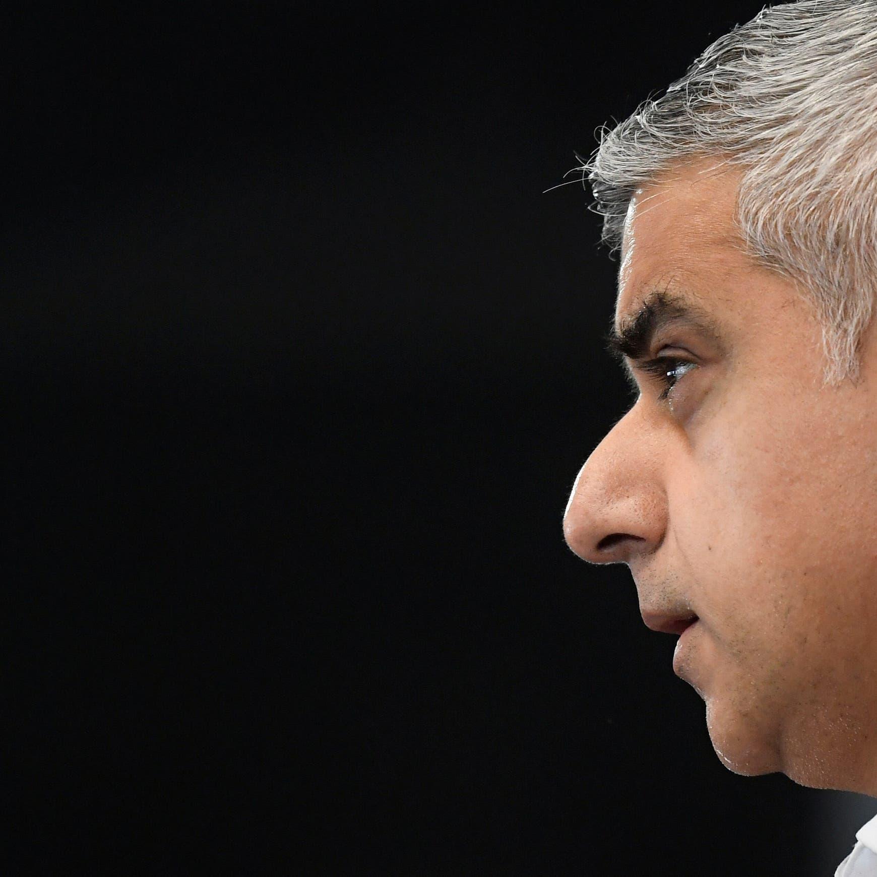 رئيس بلدية لندن: بعيدون تماماً عن رفع إجراءات العزل