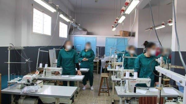 سجينات تونس ينخرطن في إنتاج الكمامات الواقية