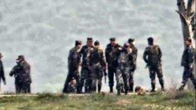 فيديو.. مسؤول رفيع بحزب الله مع قائد بقوات الأسد بجنوب سوريا