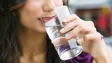 ماذا يحل ببشرتنا عندما نشرب الكثير من الماء؟