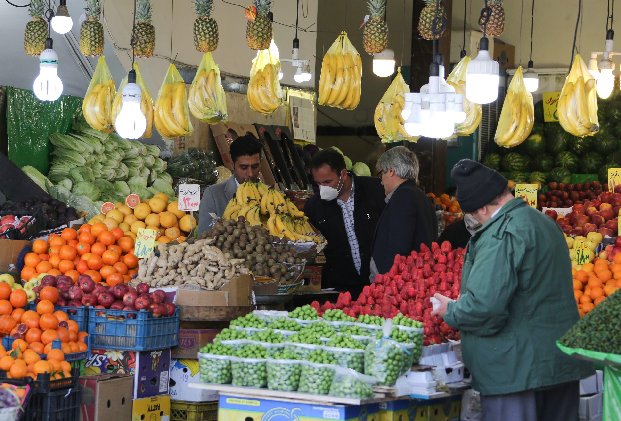 من أحد الأسواق الإيرانية