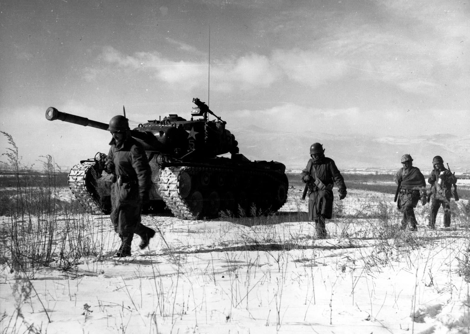 صورة لجنود أميركيين بالحرب الكورية