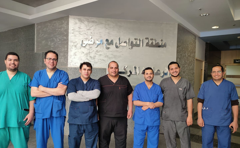 الفريق الطبي المعالج