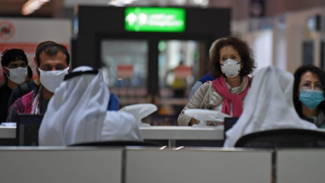 كورونا الإمارات المطار