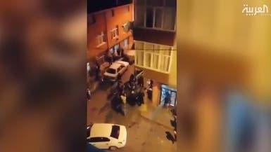 تركيا.. فوضى وإطلاق نار أمام محلات البقالة بعد إعلان الحظر