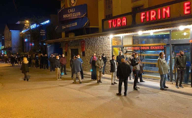 طابور انتظار في تركيا