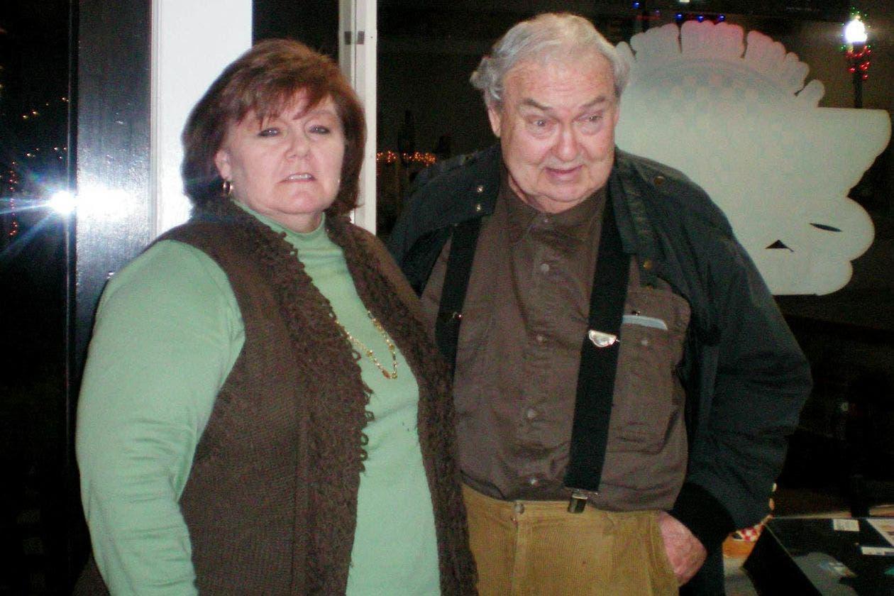 نانسي هوبكنز ووالدها