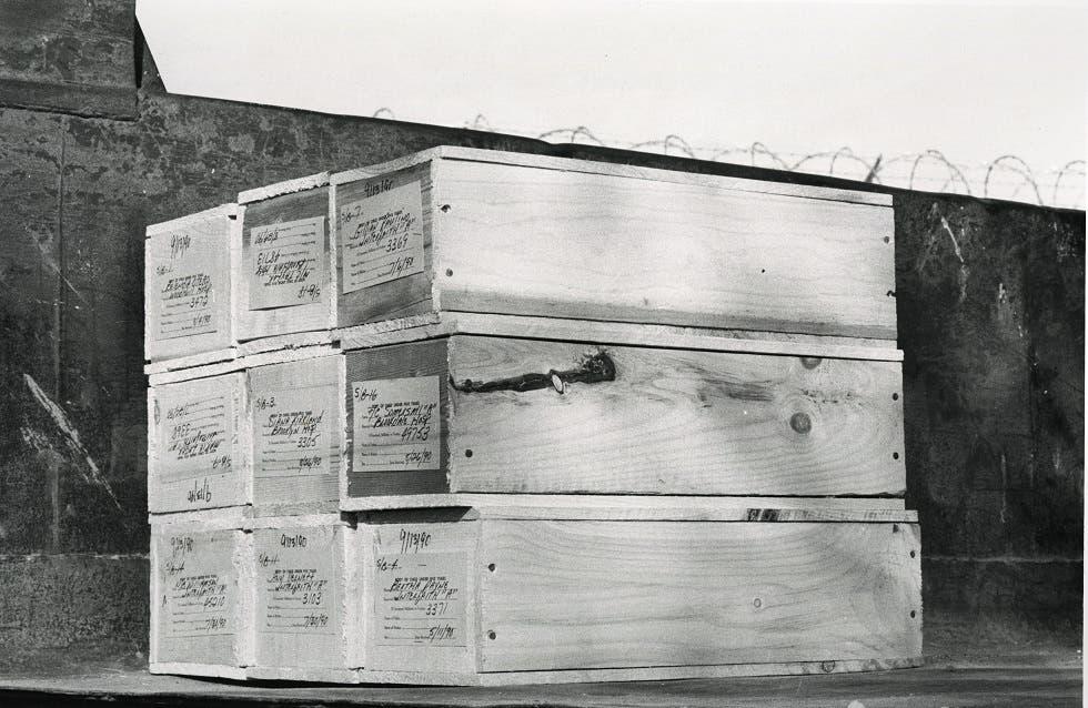 صورة لعدد من التوابيت لجزيرة هارت آيلاند