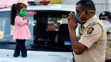 أقصر امرأة في العالم تجوب شوارع الهند للتشجيع على الحجر