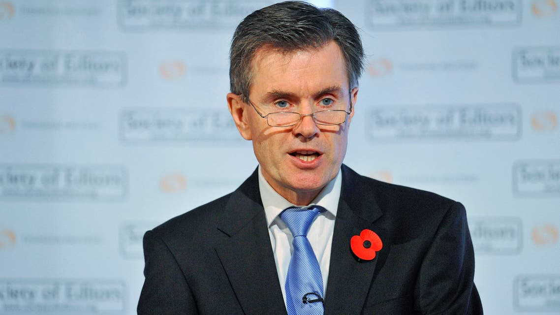 Britain's Secret Intelligence Service (SIS) chief John Sawers addresses a live televised gathering of academics, officials and editors in London October 28, 2010. Britain's top spy makes the first public speech by a serving UK espionage chief on Thursday, a step towards greater openness for an intelligence service that for most of the 20th century did not officially exist. REUTERS/Toby Melville (BRITAIN - Tags: MILITARY POLITICS CRIME LAW)