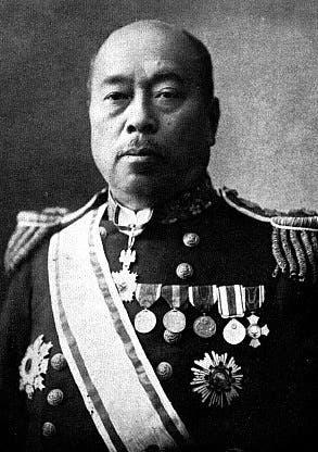 صورة للمسؤول بالبحرية اليابانية تاكاكي كانيهيرو