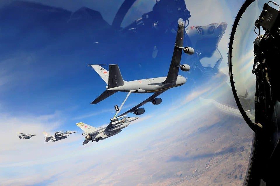طائرات حربية تركية تم رصدها قبالة السواحل الليبية