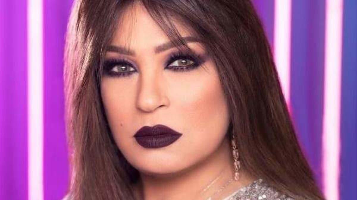 ممثلة تحذف صورة نادرة لها مع فيفي عبده.. ماذا حدث؟