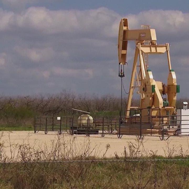 هل أسعار النفط قد احتسبت مسبقا تمديد اتفاق أوبك+؟