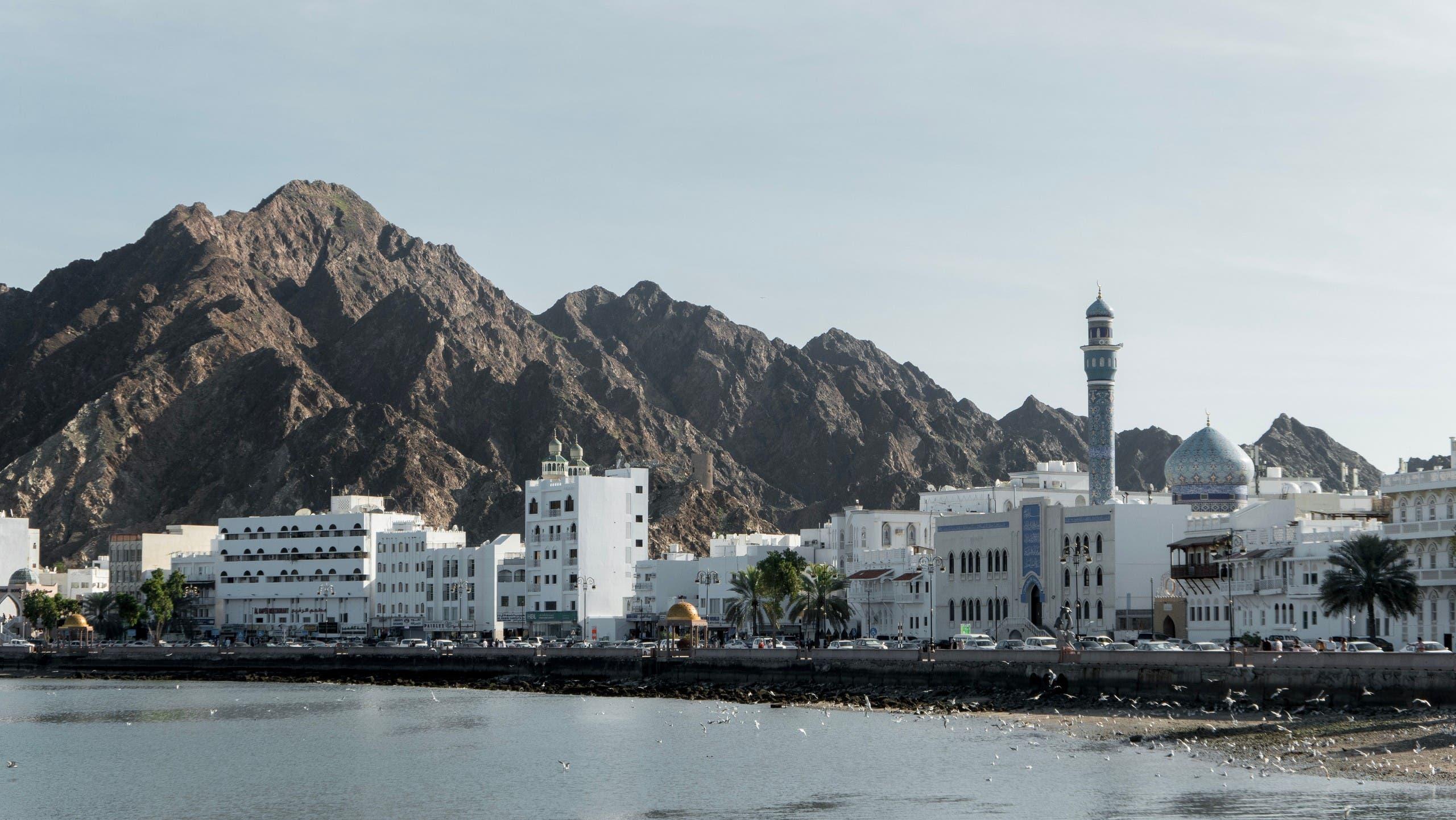 A general view of Muscat, Oman. (Arisa. S, Unsplash)