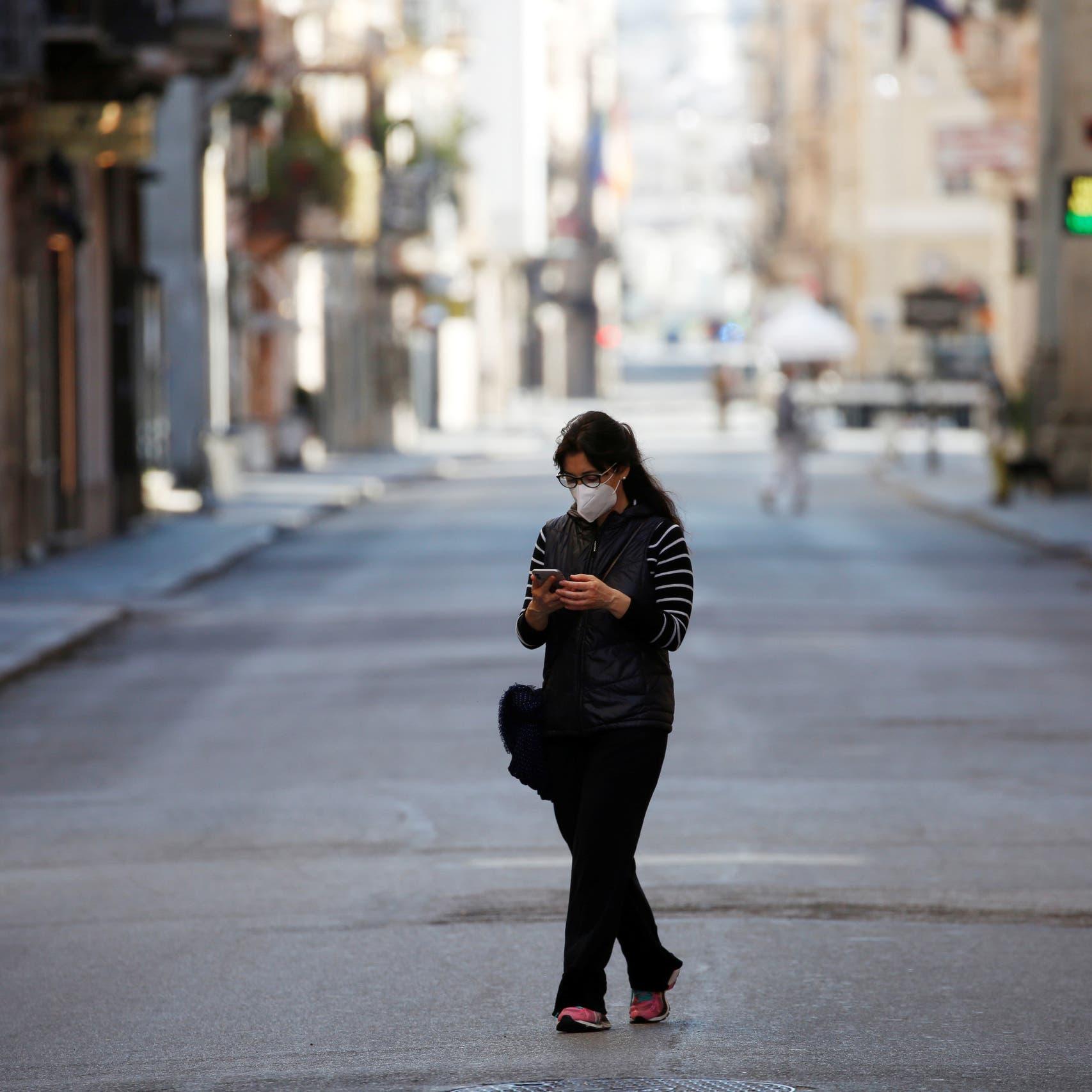 إيطاليا تخفف القيود.. رفع العزل وفتح المدارس