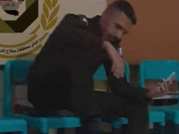 صور أثارت استياء.. رأس مواطن عراقي تحت حذاء عسكري