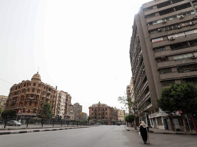 حظر وإغلاق وكمامات إجبارية.. مصر تتشدد في مواجهة كورونا