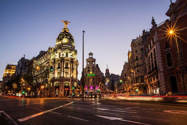 من مدريد