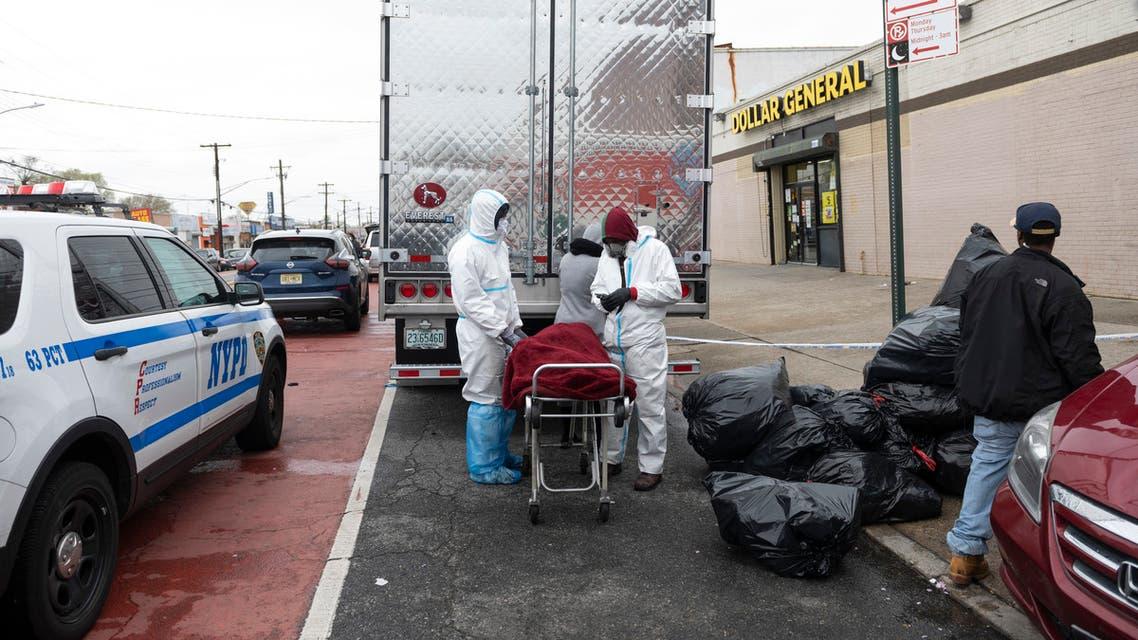 من أحد الأحياء في بروكلين حيث تم العثور على عشرات الجثث ف يشاحنات تابعة لشركة دفن الموتى (أرشيفية- فرانس برس)