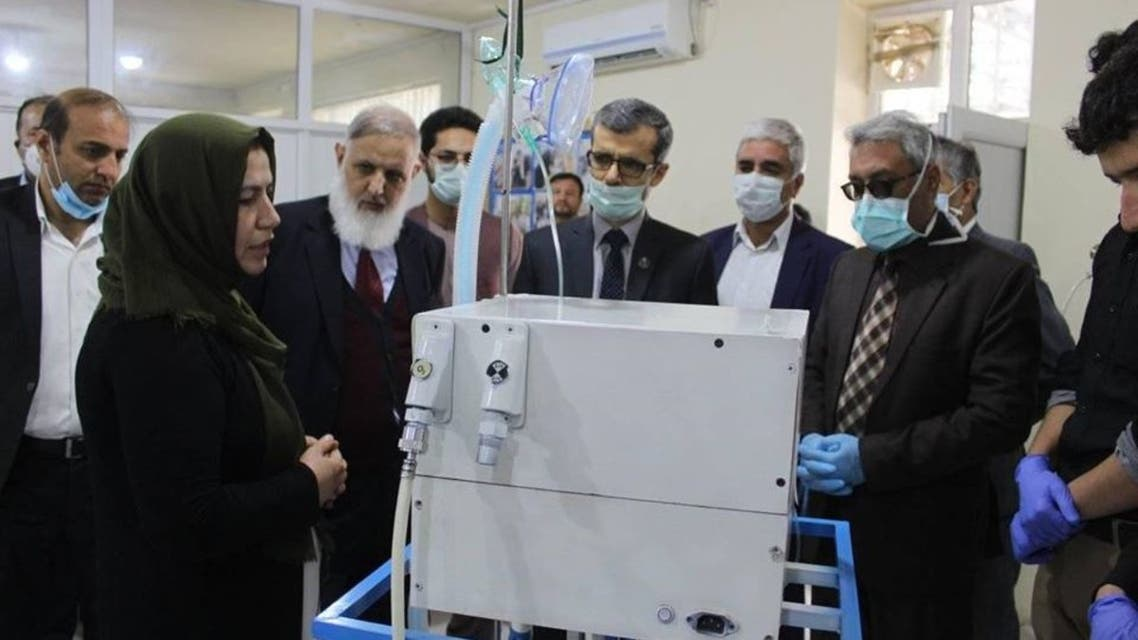 تصویری؛ ساخت دستگاه تنفس مصنوعی توسط دانشگاه علوم طبی کابل
