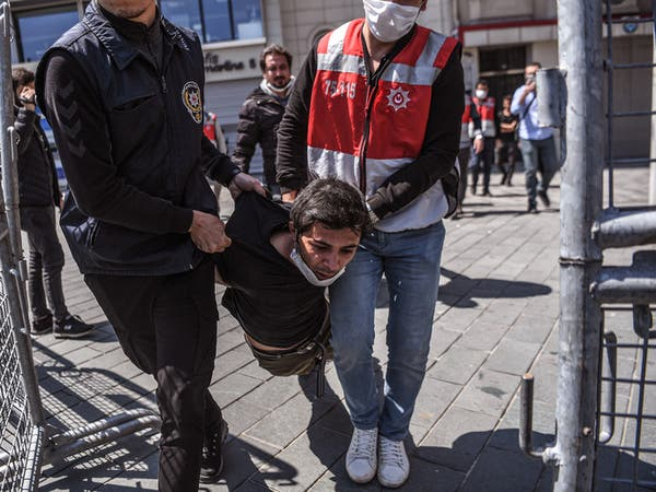مسؤول نقابي: الحكومة التركية تدفع العمال إلى الجوع