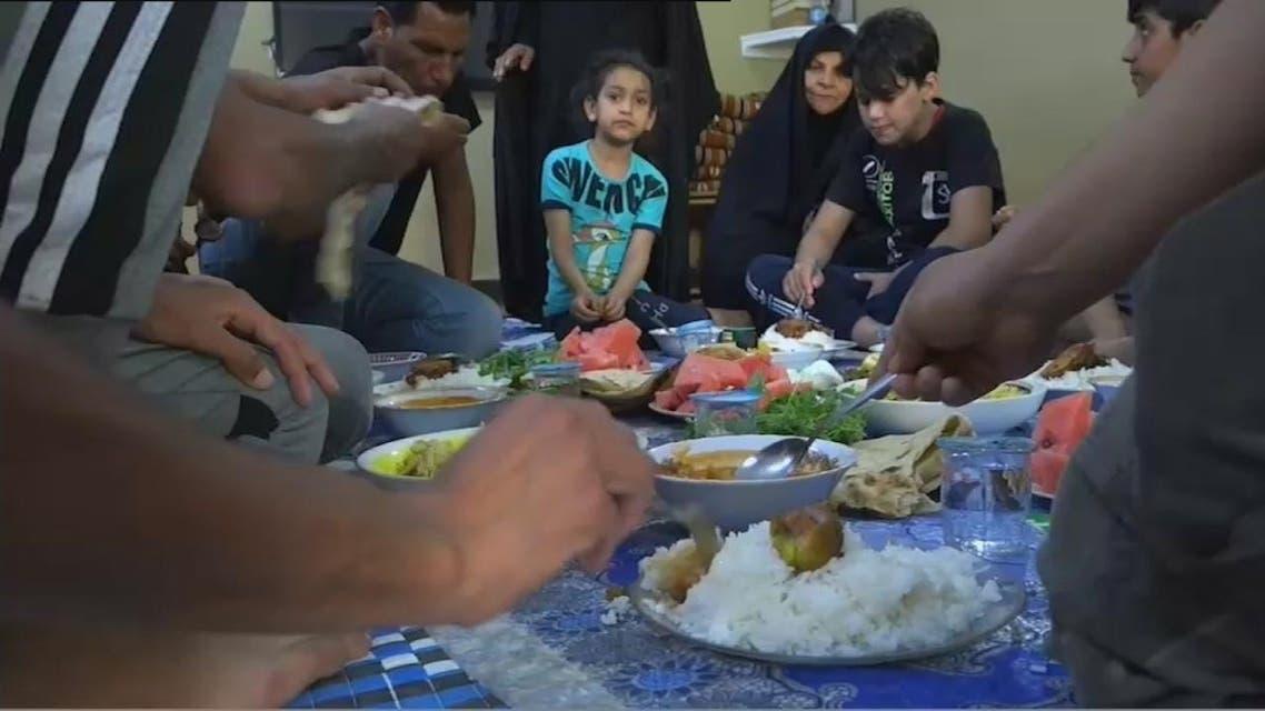 THUMBNAIL_ بسبب كورونا موائد الافطار الرمضانية تغيب عن بغداد
