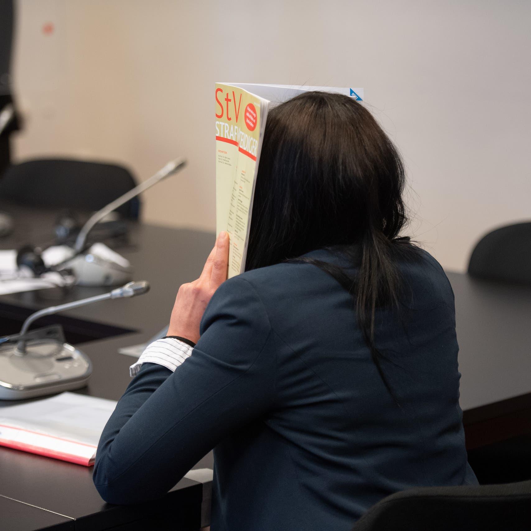 ألمانيا.. محاكمة داعشية لاحتجازها طفلة إيزيدية في سوريا