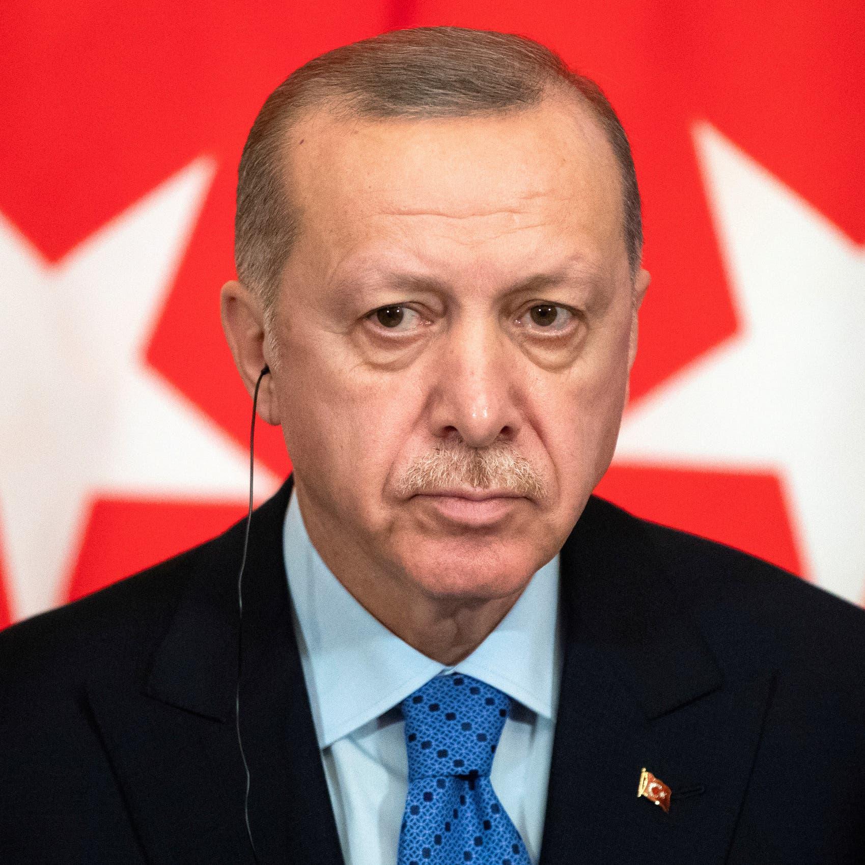 أردوغان يهدد بتصعيد عسكري في شمال سوريا