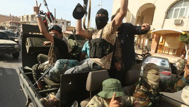 """""""دخلوا بيتي واستوطنوه"""".. فيديو لمواطن ليبي يشعل زوبعة"""