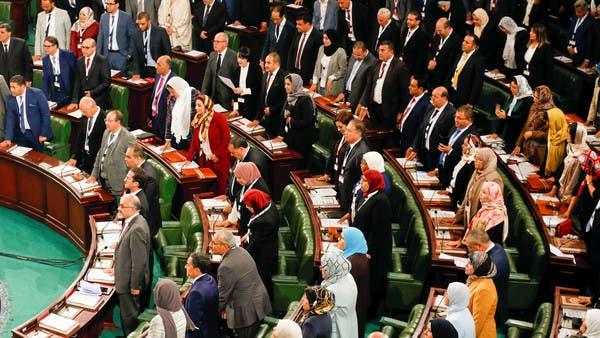 نائبة تونسية: الغنوشي يدفع البلاد إلى الهاوية