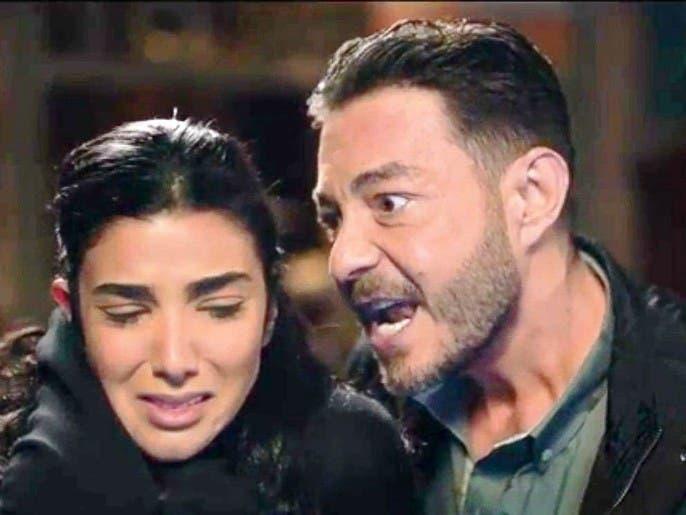 مصريون يحتفلون بضرب أحمد زاهر.. والفنان يرد: علا جابت جون