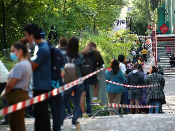 المئات يتظاهرون في سويسرا احتجاجا على تدابيركورونا