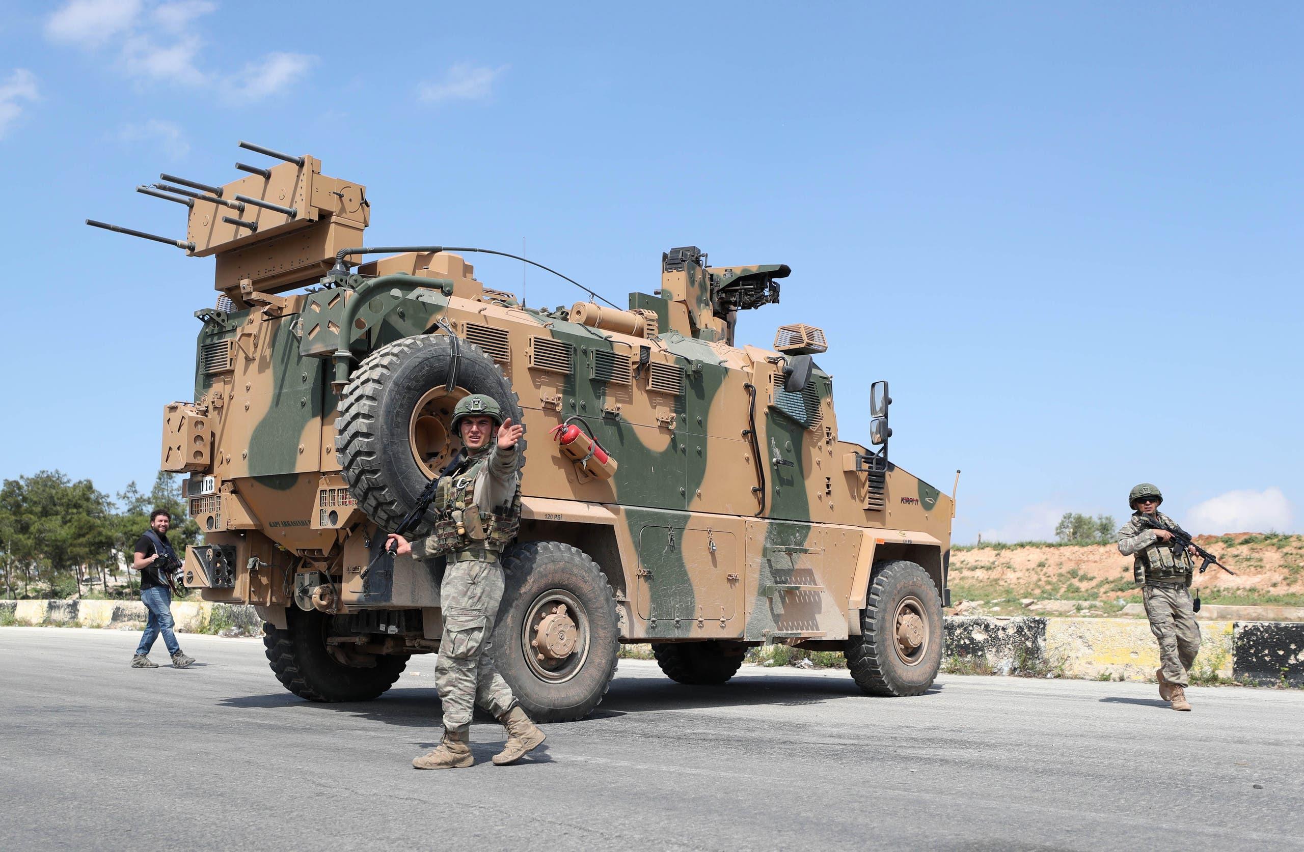 آلية تركية في إدلب (أ{شيفية- فرانس برس)