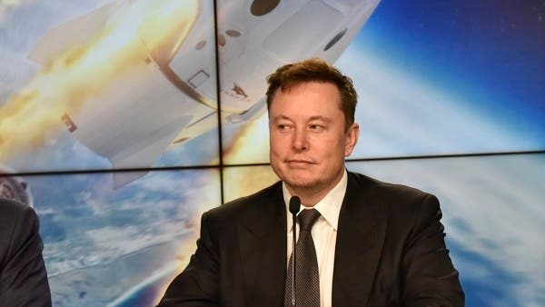 First commercial space taxi is pit stop for Musk on Mars quest