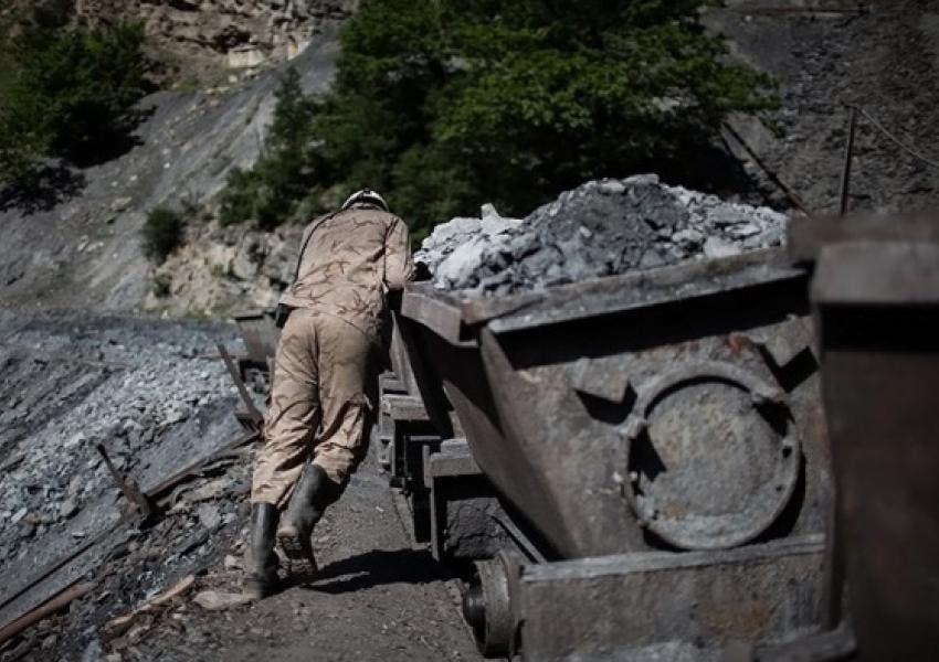 أحد عمال الفحم إيران