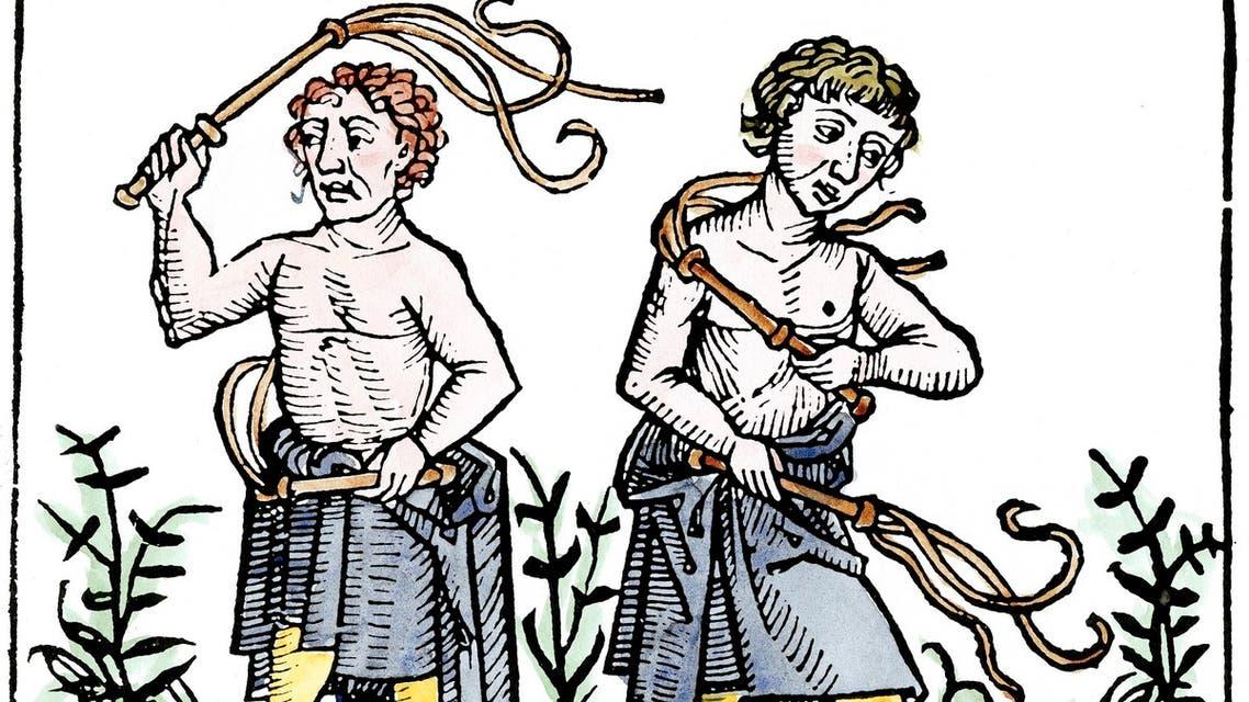 رسم تخيلي لأشخاص وهم بصدد جلد أنفسهم بالعصور الوسطى