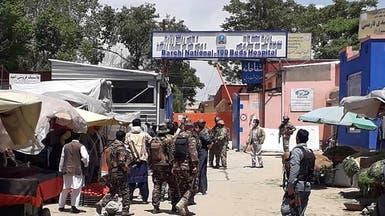 تنصلت من هجمات دامية.. طالبان تتحدى الجيش الأفغاني