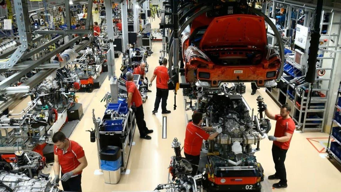 كيف أثرت جائحة كورونا على مستقبل قطاع صناعة السيارات؟